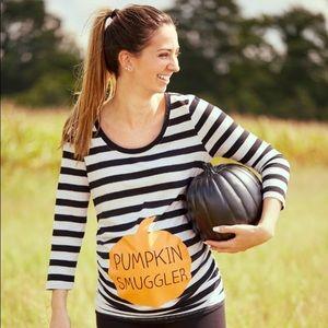 🎉HOST PICK🎉 Maternity Pumpkin Smuggler Top